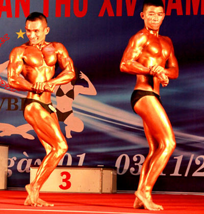Khanh Hoa bodybuilding club championships: maintain movement development