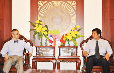 Consul General of France in Ho Chi Minh City visits Khanh Hoa