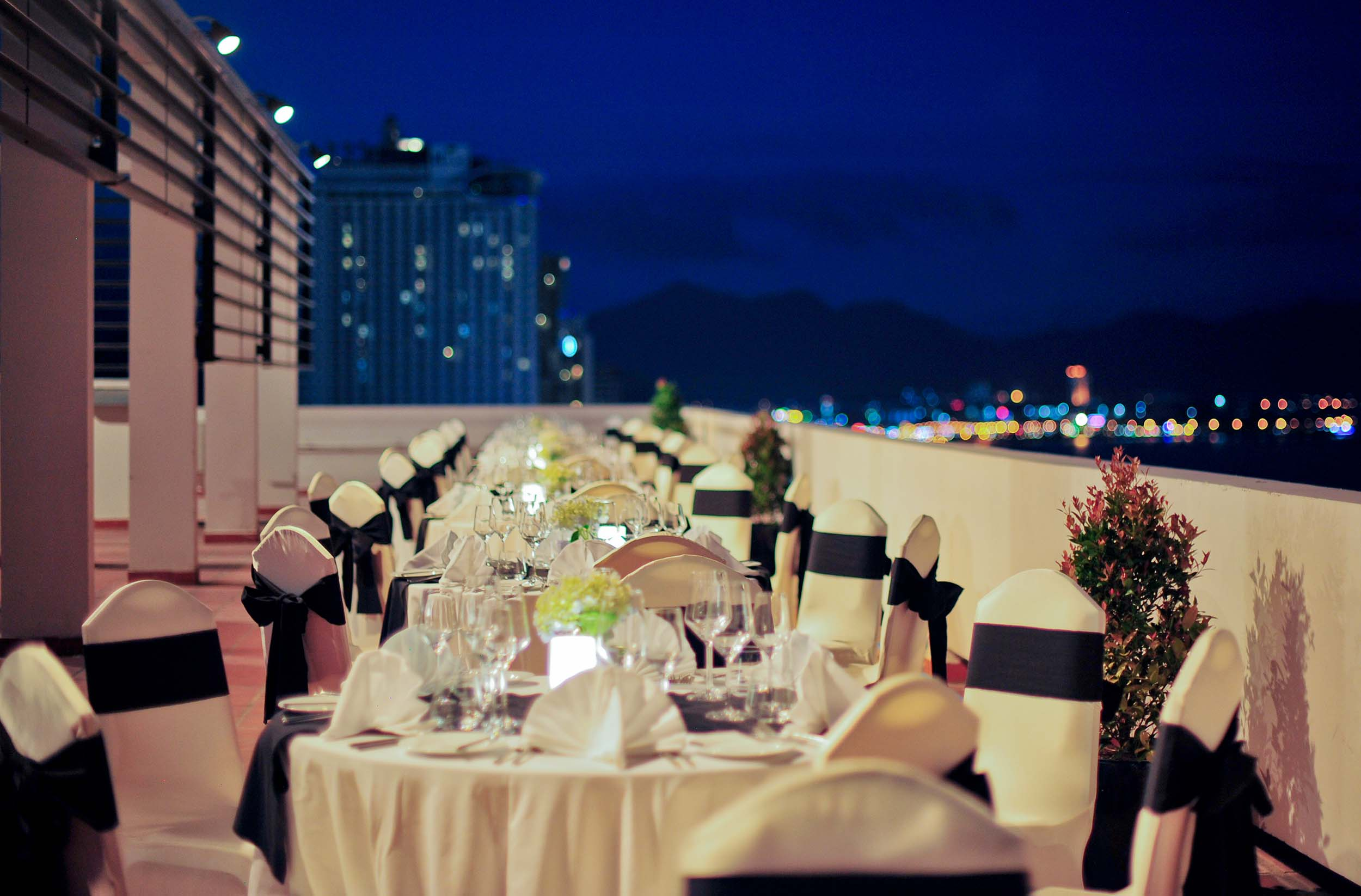 BBQ dinner and stylish afternoon tea at Novotel Nha Trang