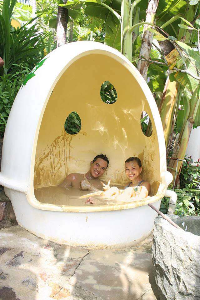 Honeymoon package at 100-Egg Mud Theme Park