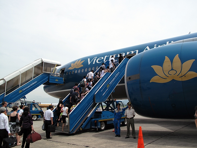flag carrier and vietnam airlines Fly america act federal travelers commonly referred to as the fly america act, to use us air carrier service for all air the rights given to airlines.