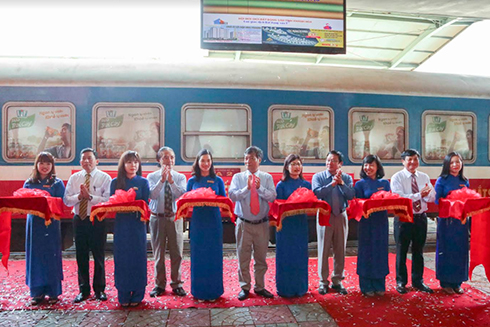 Nha Trang – Hue train officially launched