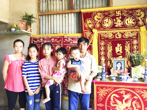 A family with seven motherless children