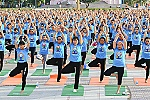 Mass performance of yoga in Nha Trang
