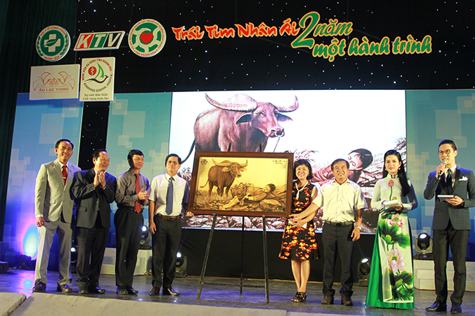 Painting of artisan Vo Van Tang auctioned for VND70 million.