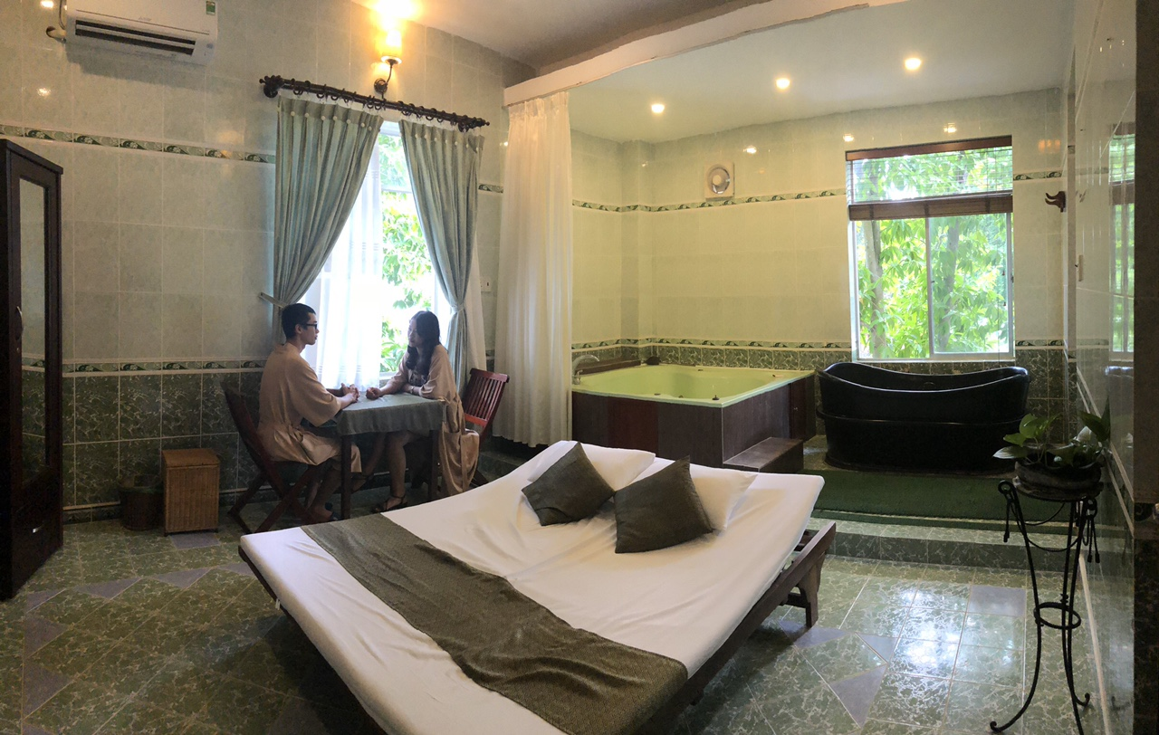 Thap Ba Hot Spring: Save up to 20%