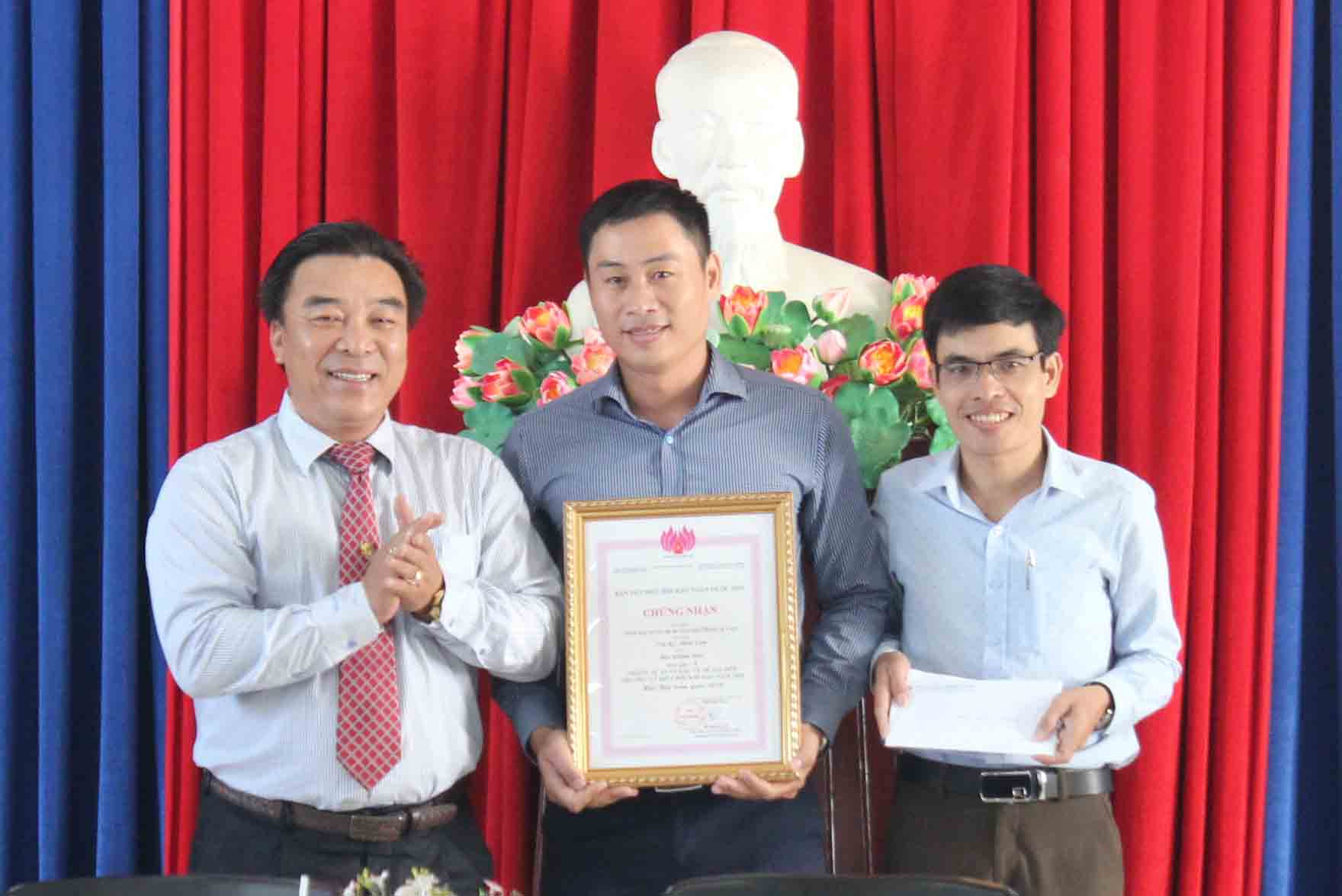 Khanh Hoa Newspaper awarded Prize A at National Press Festival 2019