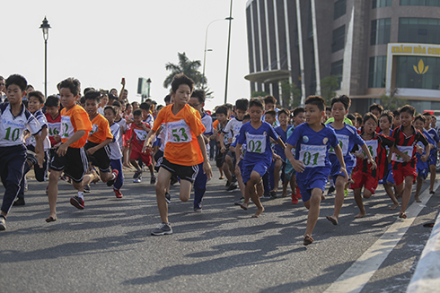 Nha Trang holds 2019 traditional cross-country running