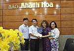 Vietnamese resident in U.S.A donates VND50m to Khanh Hoa Newspaper charity fund