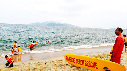 More safe areas for sea bathing in Nha Trang