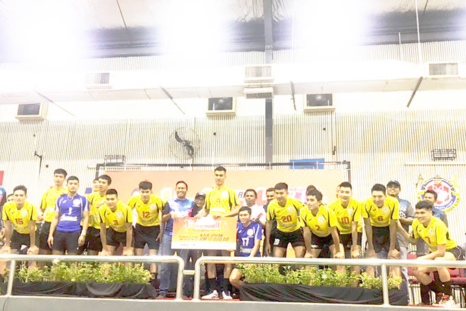 Impressive resu of Sanest Khanh Hoa volleyball team at Malaysia's open tournament