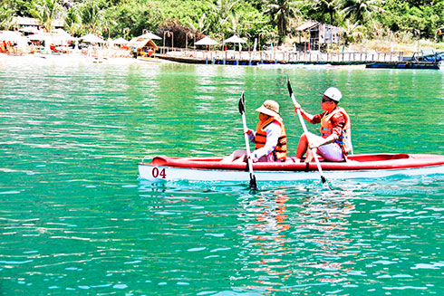 Quality of island tours on Nha Trang Bay improved