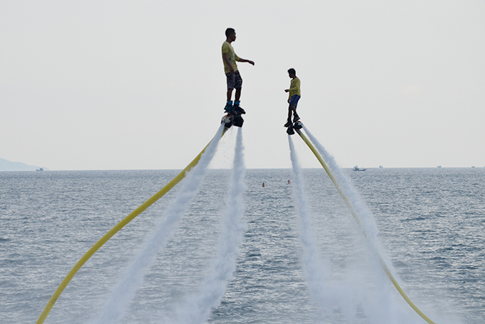 Exciting flyboard performance on Nha Trang Bay