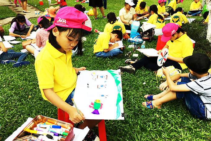 Drawing contest about Khanh Hoa for children