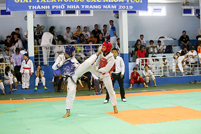 Over 130 players competing at Nha Trang's taekwondo tournament