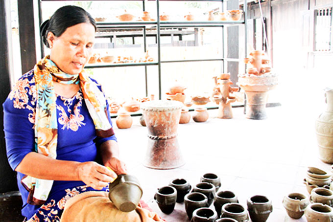 Traditional craft village in Champa Island Nha Trang