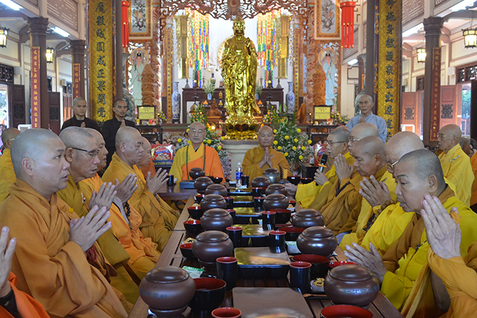 Monks reciting Buddhist scriptures