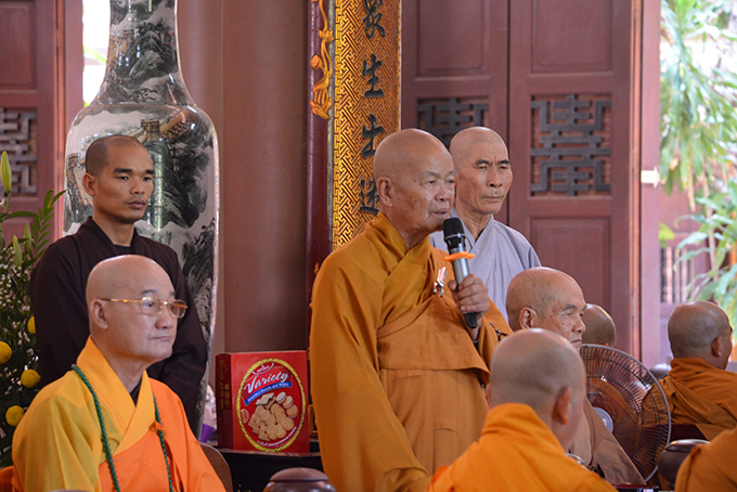 Monk Thich Quang Thien preaching meaning of Vu Lan Festival