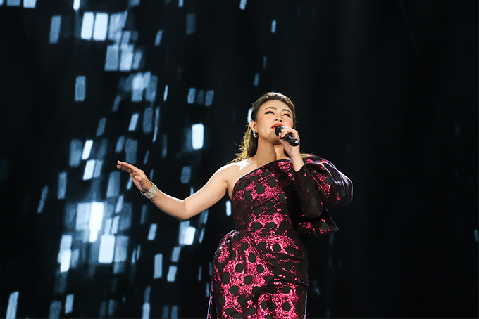 Singer Thuy Duong, light music winner at Sao Mai 2019 singing contest