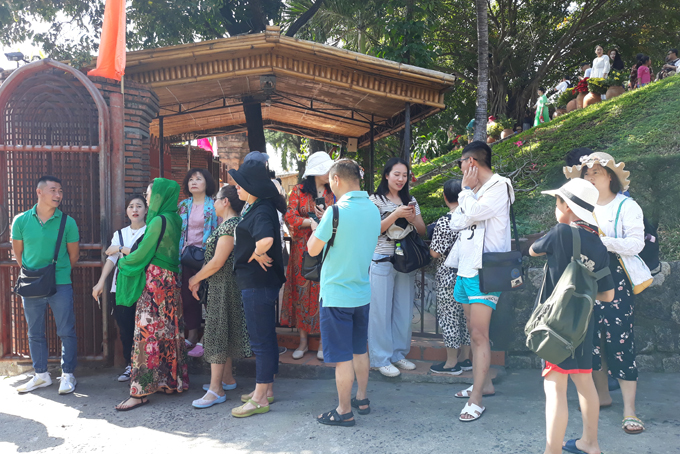 Visitors at Ponagar Temple on Lunar New Year occasion