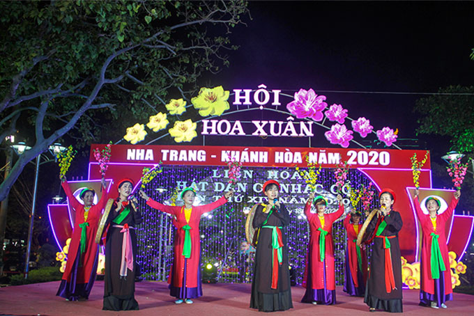 Preserving folk songs in Nha Trang