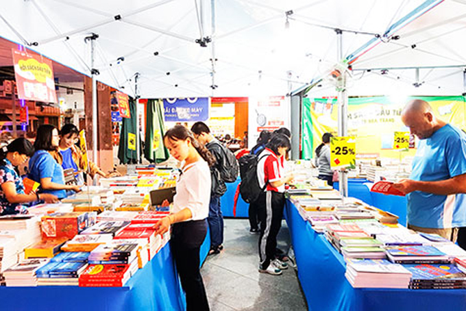 Khanh Hoa's 2020 Book Fair called off