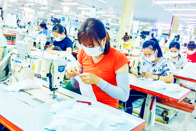 Khanh Hoa focuses on removing difficulties for production and business