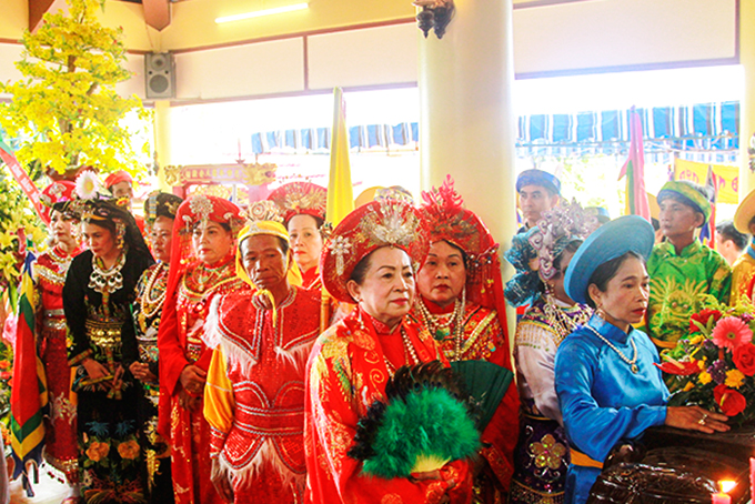 Dien Khanh District well organizes festivals
