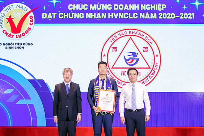 "Khanh Hoa Salanganes Nest Company achieves 12 ""High-Quality Vietnamese Product"" titles"