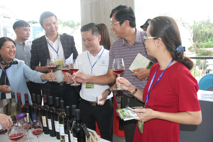 Khanh Hoa businesses enjoying fermented juice products of Lam Dong Province