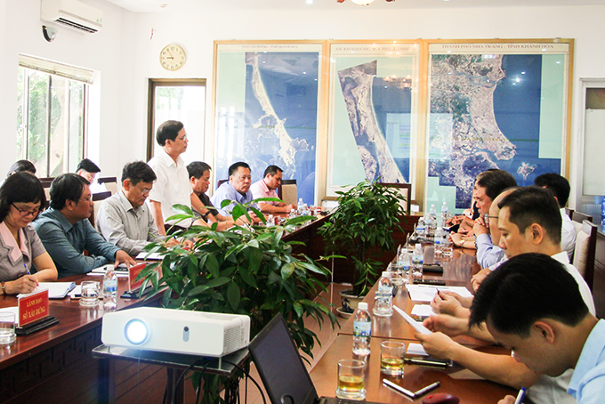 Approving to study investment in liquefied gas-fired power in southern Van Phong