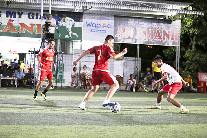 Players at five-a-size football tournament – Kha Vi Cup
