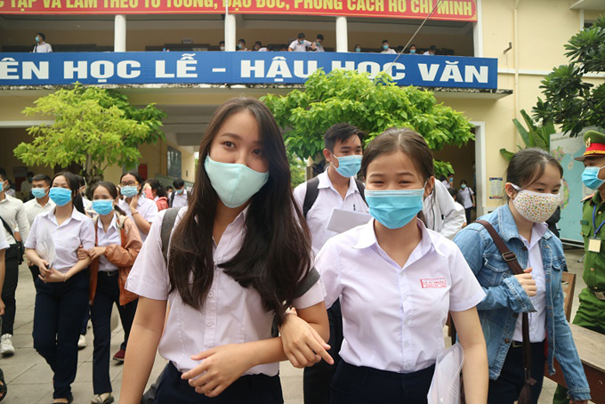 Khanh Hoa's high school students take graduation exams