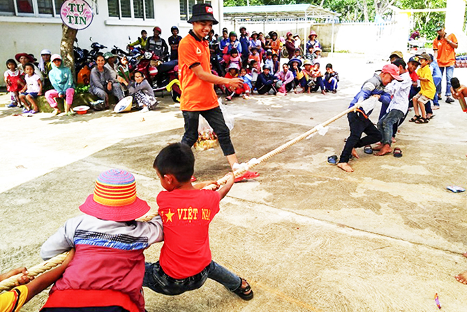 Investing to build Khanh Son District's Children House