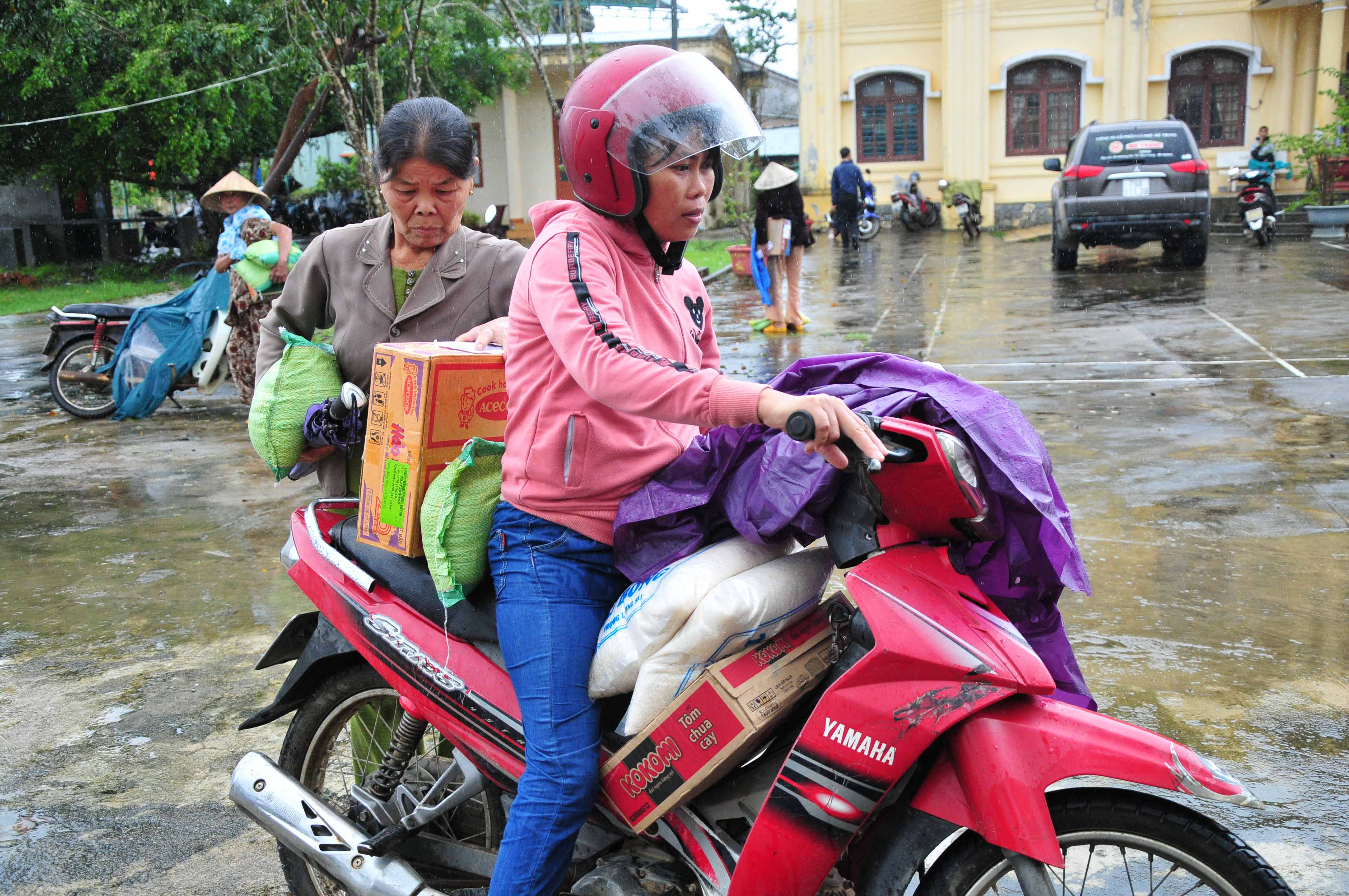 Taking relief goods home