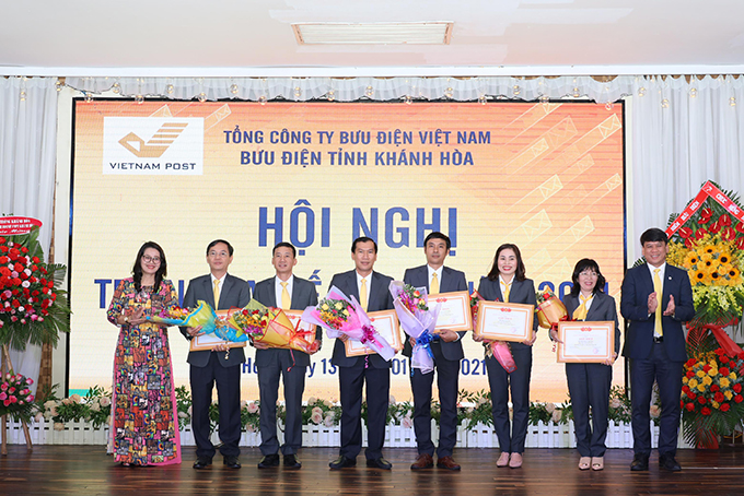 Khanh Hoa Post Office announces plan for 2021