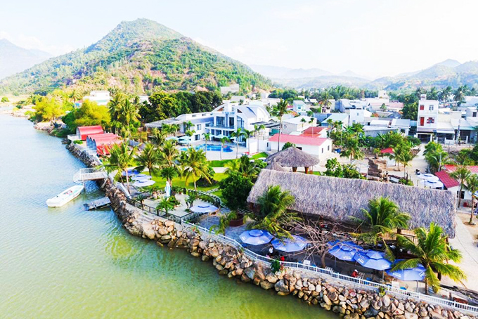 Tourist villages in Nha Trang suburbs