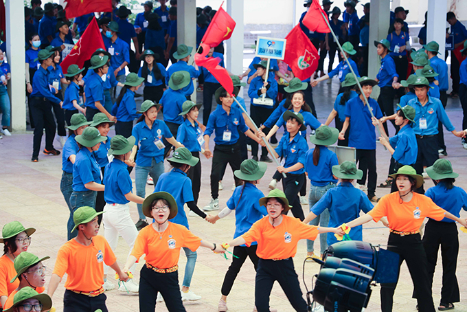 Traditional camp celebrating founding anniversary of Ho Chi Minh Communist Youth Union