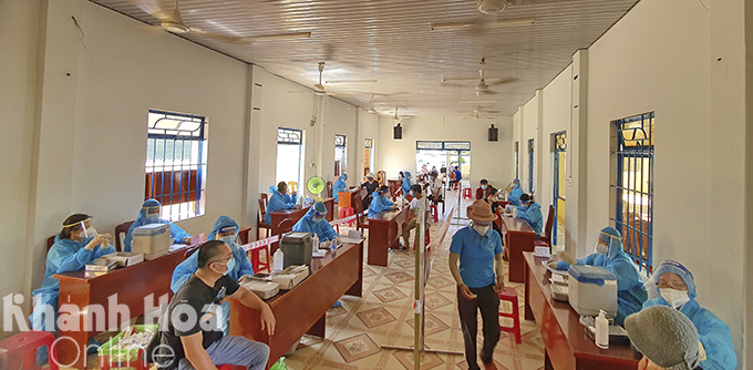 Vaccination venue in Cam Duc Town